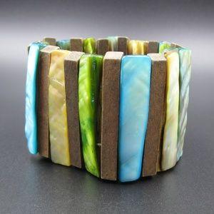Jewelry - Vintage Interesting Colorful Wood & Shell Bracelet